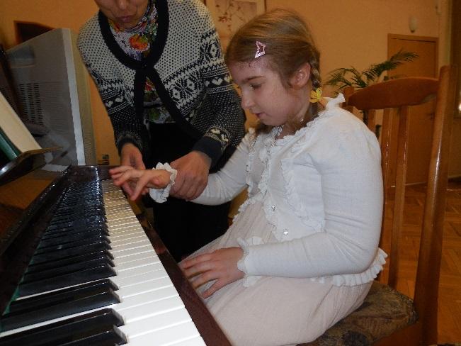 F:\фото к письму о детях-инвалидах\DSCN0207.JPG